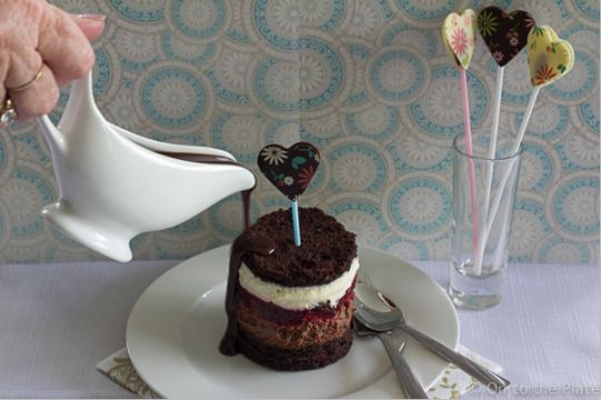 Valentine's Day dessert – early   On to the plate Chocolate Cake, Chocolate Mousse, White Chocolate Mousse, Rich chocolate sauce.