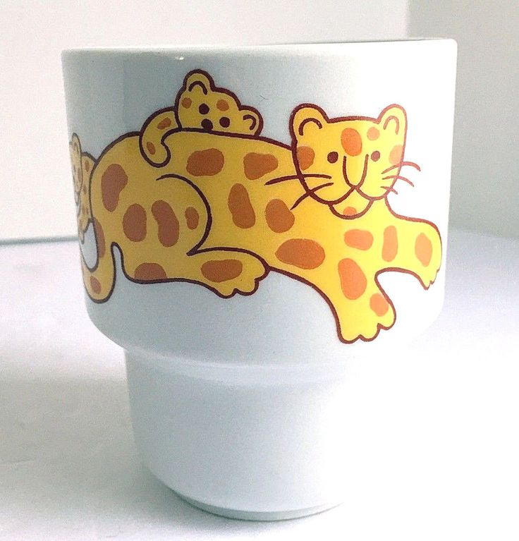 "ARABIA FINLAND Child's Cup Leopard with Cubs Ceramic 3.5""H Vintage 1970s EUC #Arabia"
