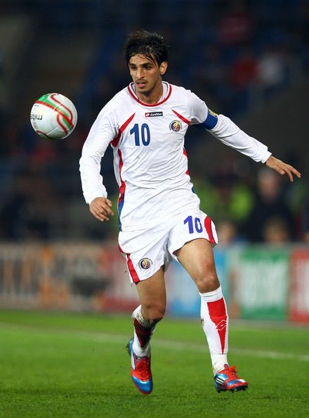 Bryan Ruiz, Fullam