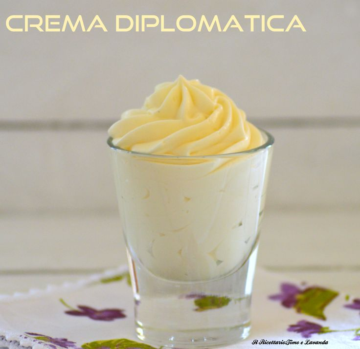 crema diplomatica