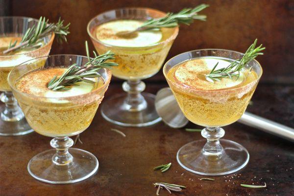 3 συνταγές για γιορτινά κοκτέιλ