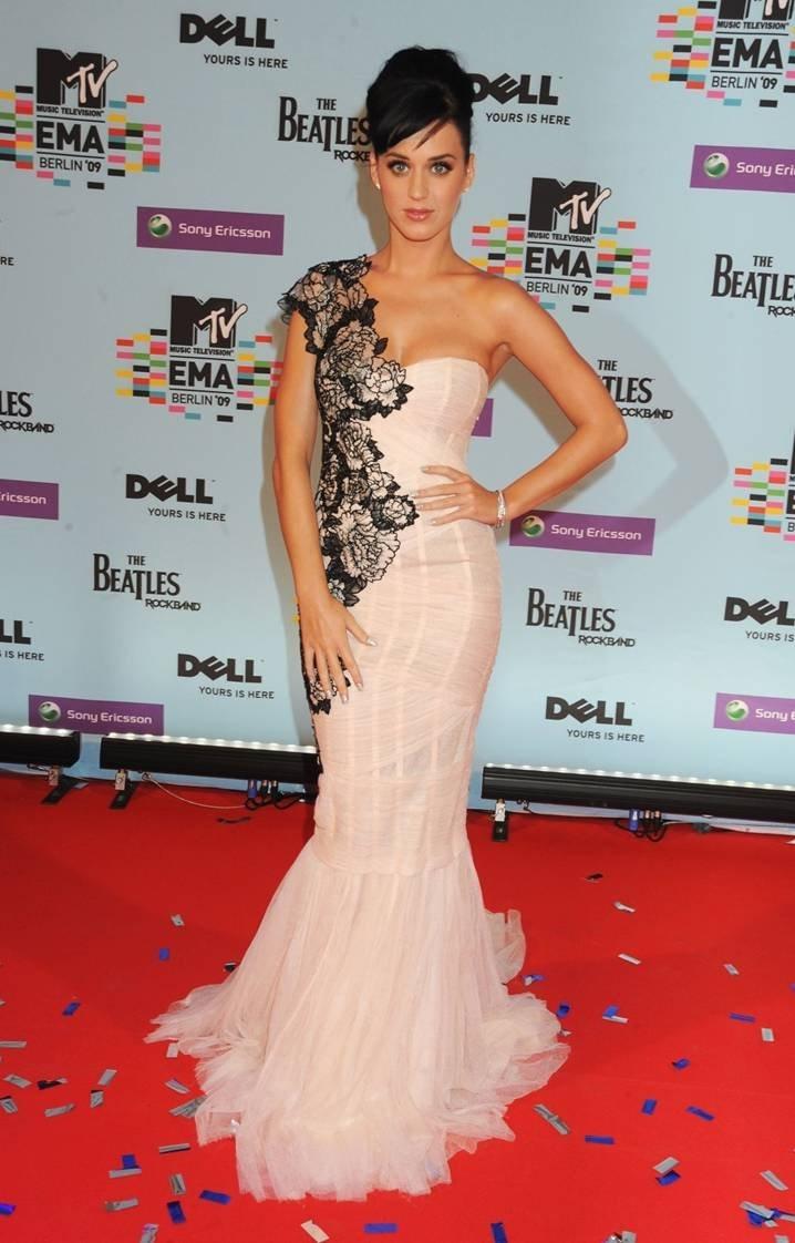 Katy Perry Wedding Dress