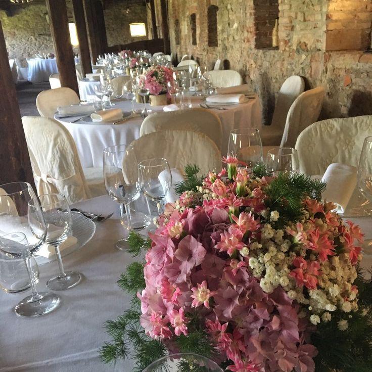 real wedding // Matrimonio a tema Albero della vita, matrimonio stile rustico, matrimonio romantico dal colore rosa e bianco: per voi, i centrotavola del matrimonio di Alessandro e Deborah
