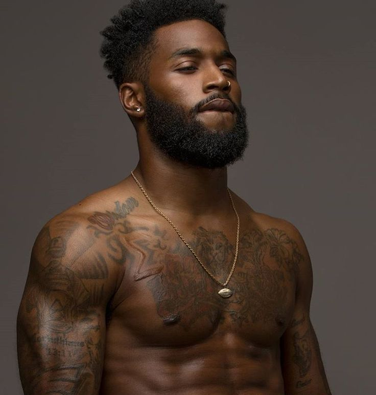 Black Bearded Men - Sharing photos of black men to combat the erasure in the beard movement. The Effective Pictures We - Men In Black, Gorgeous Black Men, Black Boys, Beautiful Men, Dark Men, Black Men Hair, Black Men Beards, Handsome Black Men, Guys With Beards