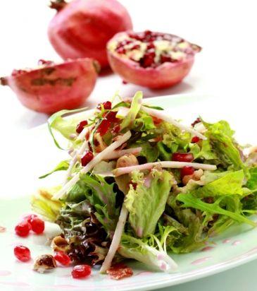 Ανάμικτη σαλάτα με ρόδι, πράσινο μήλο, τραγανό προσούτο, φουντούκι και βινεγκρέτ ρόδι | Γιάννης Λουκάκος