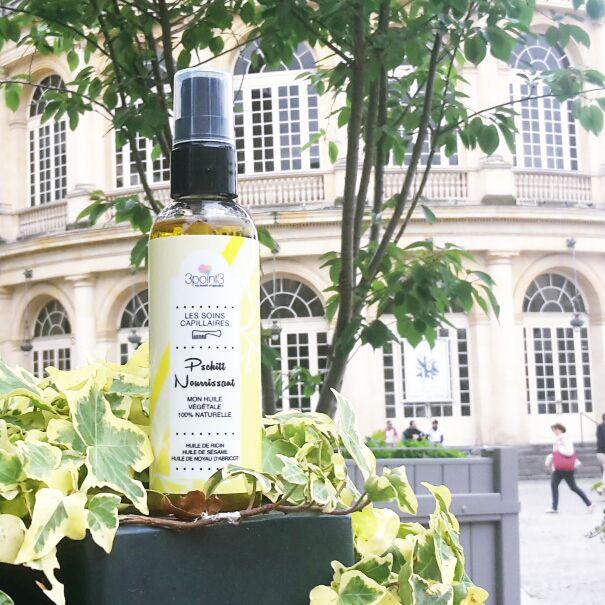 Huile végétale Bio nourrissante pour cheveux secs. Huile capillaire bio made in Bretagne, pour nourrir et protéger les cheveux secs et abimés. Huile de ricin, huile de sésame et huile de noyau d'abricot.