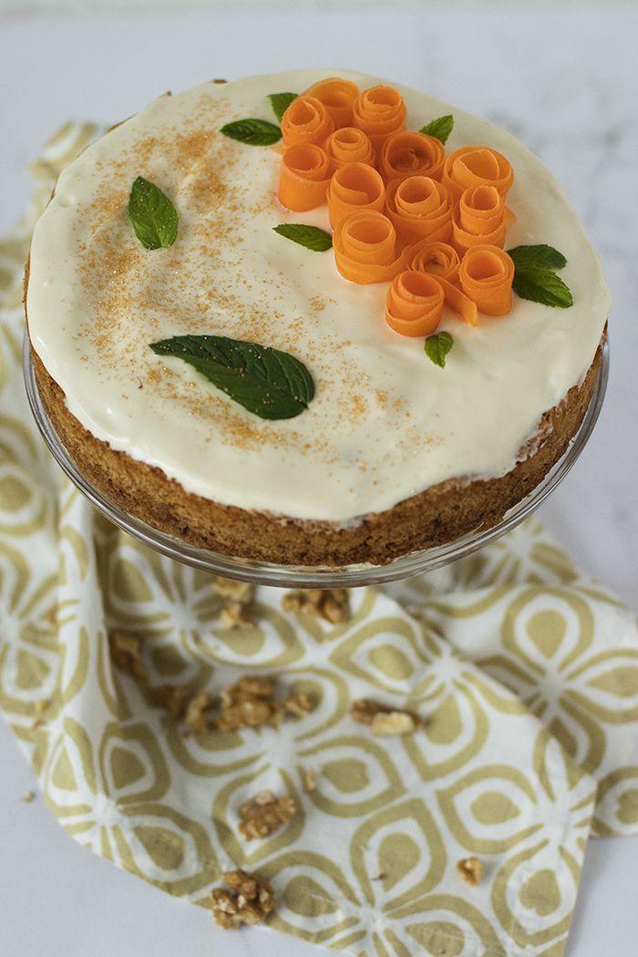 Keki, en sevdiğim havuçlu tarçınlı kek tarifim! Hani herkesin bir tane olur ya, malum isminin ünü var, her sonbaharda evlerden mis kokusu ...