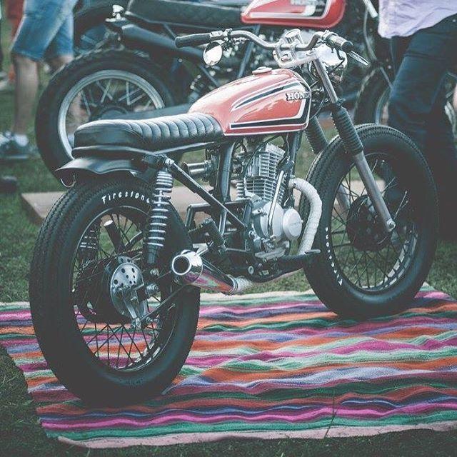 motomood: Honda CB125 tracker
