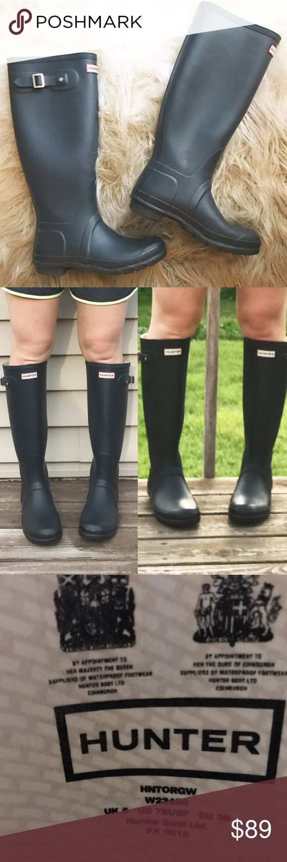 Tall Navy Matte Hunter Boots Wellies Perfect for all occasion navy Hunter rain boots! I bought two pair so I don't need this pair anymore. Excellent condition--some minor rusting on left buckle. Perfect for the rain on a summer day and a great transition