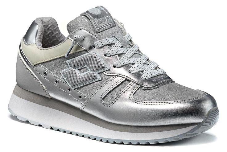 http://www.lottoleggenda.it/it/collezioni/donna/tokyo-wedge-w/pelle-metallizzata/silver-metal-white