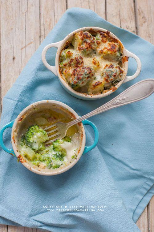 Broccoli gratinati alla besciamella in cocotte monoporzione - Trattoria da Martina - cucina tradizionale, regionale ed etnica