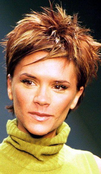 victoria beckham, hair, posh spice, LFW, 2000