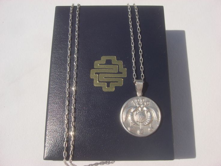 GREEK I. LALAOUNIS 1996 CRETE KNOSSOS BEE PENDANT STERLING SILVER .925 CHAIN BOX #ILIASLALAOUNIS