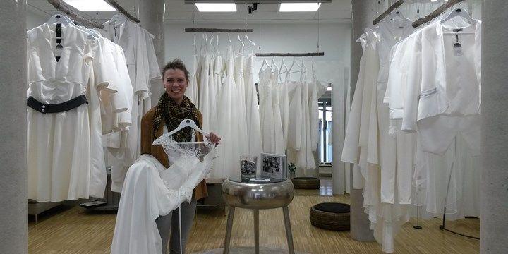 """Wenn die Braut """"Ja"""" zur Braut sagt: Schneiderin die für lesbische Paare Hochzeitskleider schneidet."""