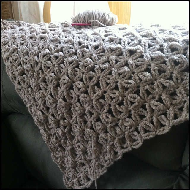 Knitting Stitches For Bulky Yarn : jennyhats is making this WIP crochet shawl using StitchDiva s celebrity shawl...
