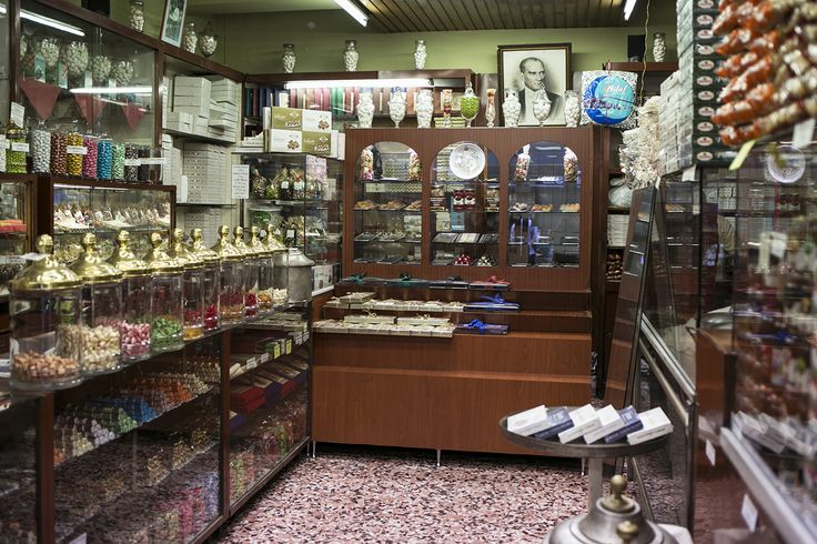 """The historical Üç Yıldız Şekerlemecisi, in the Beyoğlu fish market, was founded in 1926 by two brothers and their friend, hence the name of the shop meaning """"three stars."""" Along with Ali Muhiddin Hacı Bekir, it is one of the oldest and best sweets shops in Beyoğlu. The store sellslokum(Turkish delight), akide (hard candies), badem ezmesi(almond paste),baklava,helva, and much more."""