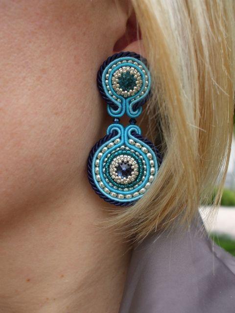 Blue Sky Fülbevaló (bedugós), Ékszer, óra, Fülbevaló, A kék gyönyörű árnyalatait felhasználva készítettem ezt a fülbevalót. Vieselője biztosan ..., Meska