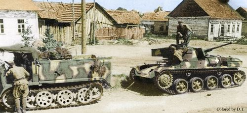Hungarian Toldi Tank  Szovjet katonák elvontatnak egy hátrahagyott Toldi tankot. A kép újra színezett .