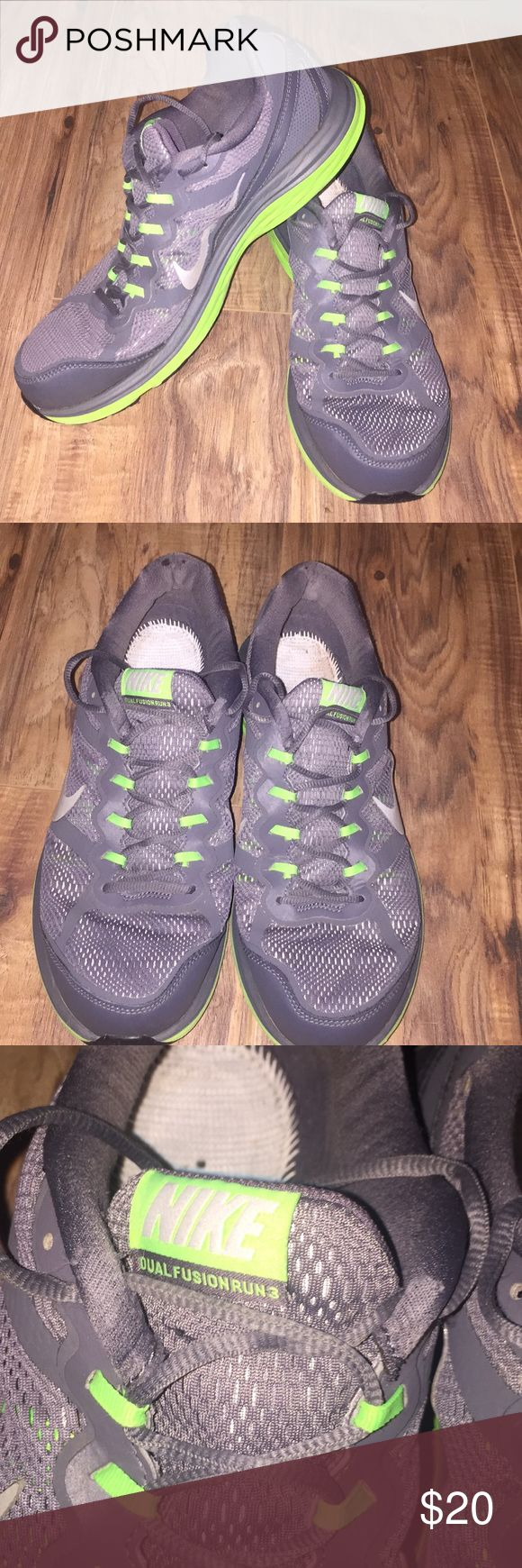 Men's Nike Dual Fusion Run 3 size 11.5 Men's pair of Nike Dual Fusion Run 3, Size 11.5–These do show some signs of wear and do need new insoles. We accept reasonable offers and ship quickly! Thank you for looking! Nike Shoes Athletic Shoes