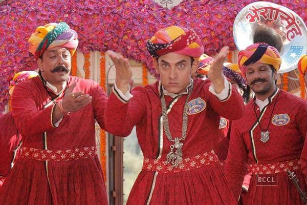 PK: Twitter jokes on Aamir Khan's film http://toi.in/rwg-rb