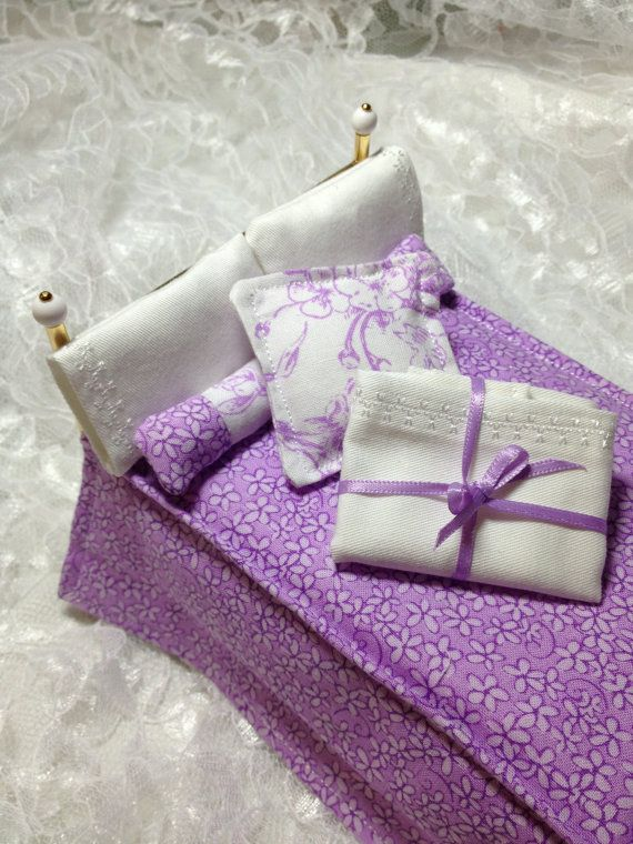 Dollhouse 1:12 scale Double Lavender Bedding by PamsCraftingCorner
