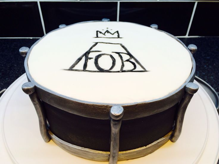 Fall Out Boy drum birthday cake...... Just as long as it's vegan