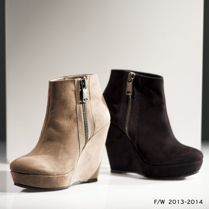 Grumman Booties Flat Fall/Winter 13-14 Collection. Discover it on: www.santeshoes.gr
