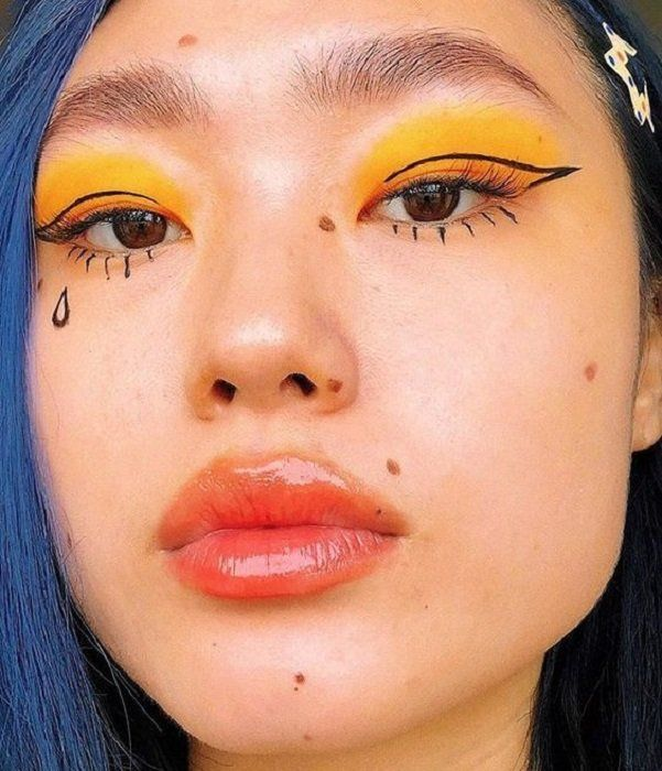 15 Maquillajes aesthetic para unas selfies perfectas Eye Makeup Glitter, Eye Makeup Art, Makeup Inspo, Makeup Inspiration, Makeup Tips, Makeup Ideas, Skull Makeup, Makeup Goals, Makeup Tutorials