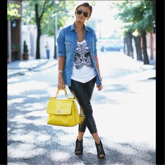 Cute Jean Shirt Outfit!