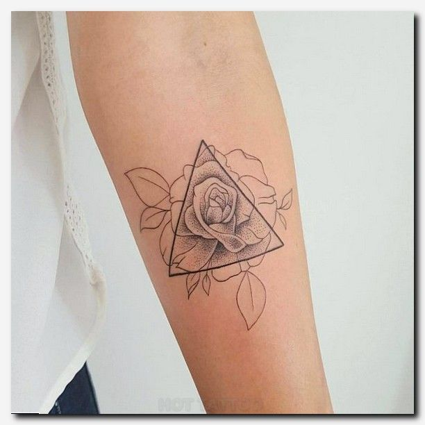 Best 25 small hip tattoos ideas on pinterest henna for What do you put on a tattoo