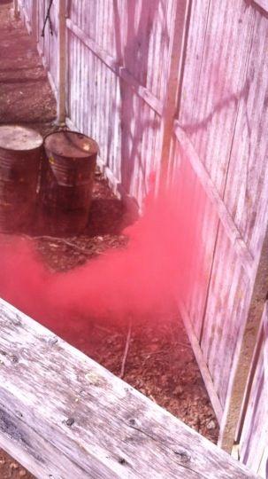 Red smoke grenade !  www.paintballrivesud.com