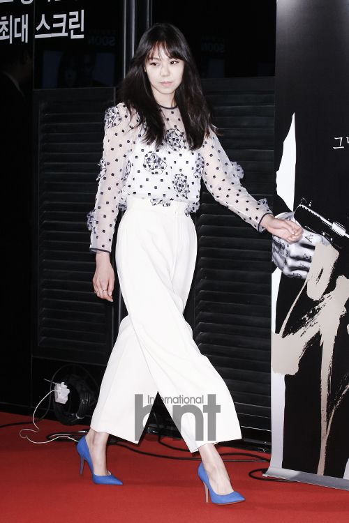 "[2014.05.30] Kim Min Hee at the ""Crying Man"" VIP premiere"