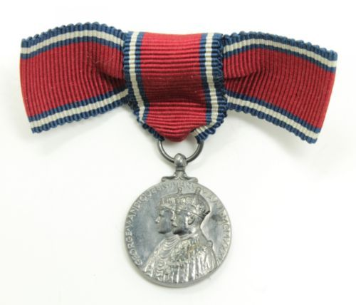 Estate-Ladies-1935-British-Medal-Silver-Jubilee-of-King-George-V-w-Ribbon