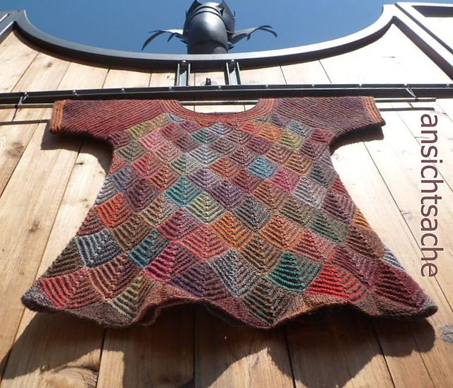domino knitting - Ravelry: Project Gallery for Karpen / The Carp pattern by Marianne Isager