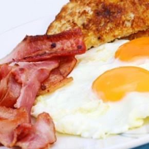 Wiemy już czym jest cholesterol. Teraz pora odpowiedzieć na pytanie – co możemy zrobić, by trzymać poziom cholesterolu w normie? http://blog.ruszamysie.pl/kilka-rad-aby-cholesterol-nas-nie-zjadl/