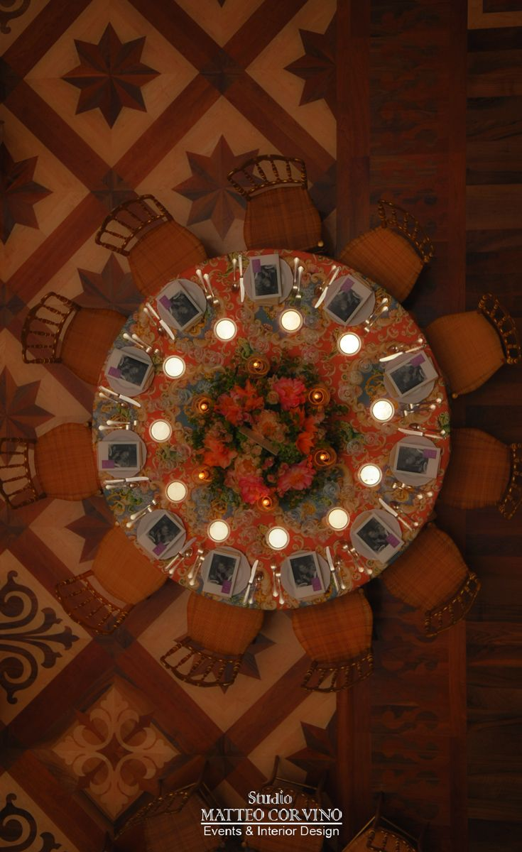 #table, #top view, #light, #interior, #wedding, #receipt, #luxury, #gala, #dinner, #plate, #wood, #venice, #wedding  Matteo Corvino Designer