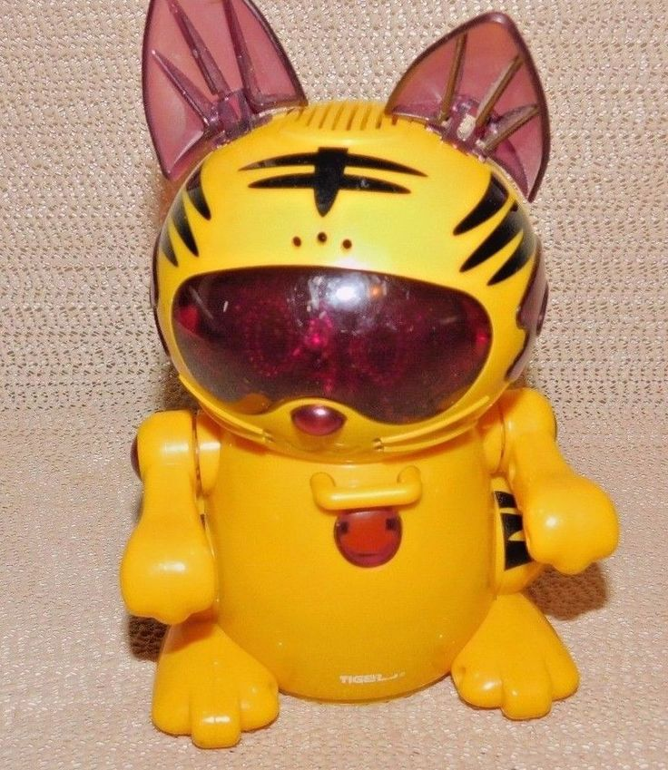 Sega Toys : Tiger Electronics Toy : Battery Operated Year 2000 Vintage Excellent #SEGA