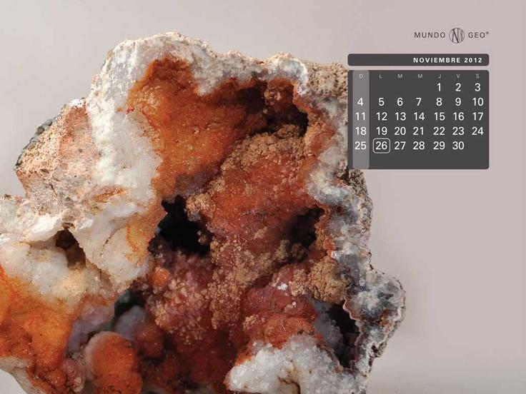 Mes noviembre: Geoda de calcedonia bicolor