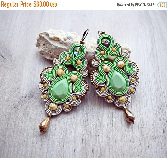 Hand embroidered chandelier soutache earrings in bronz green