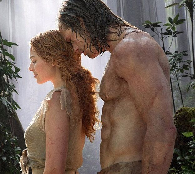 Here he is alongside Margot Robbie, who plays Jane in the film, and we think you'll agree the side profile is just as important. | The First Images Of Alexander Skarsgård As Tarzan Have Been Released And They're Hard To Handle