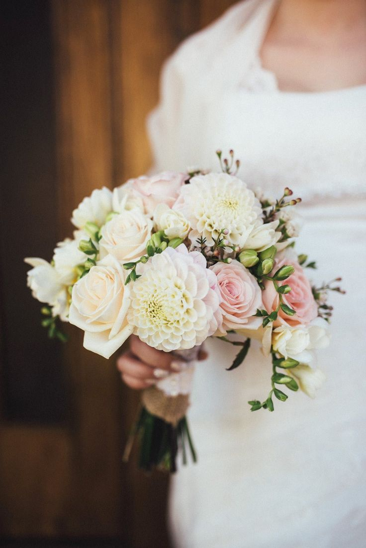 roses, dalias, wax flowers, fresia, blush, white wedding bouquet, poročni šopek…