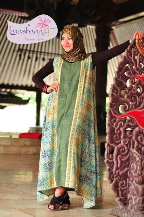 Etnic wing dress batik with hijab