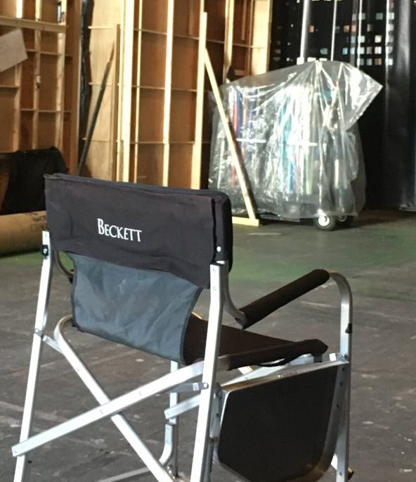 Beckettu0027s Chair Tweeted By Castle Prop Guy Rob Kyker Today. Me: Things Just  Got