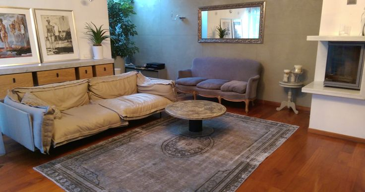 Vintage rug http://www.sarmatiatrading.pl/kategoria-produktu/dywany-vintage/