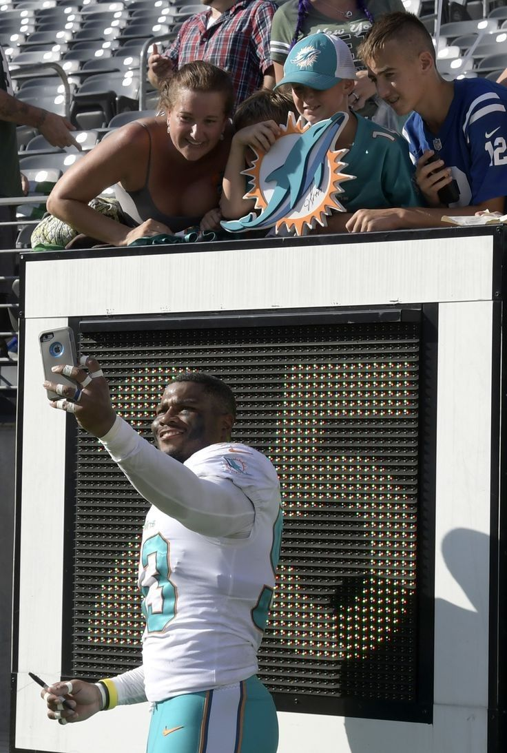 Pin by Eric Sherman on Fins Up Miami dolphins, Nfl