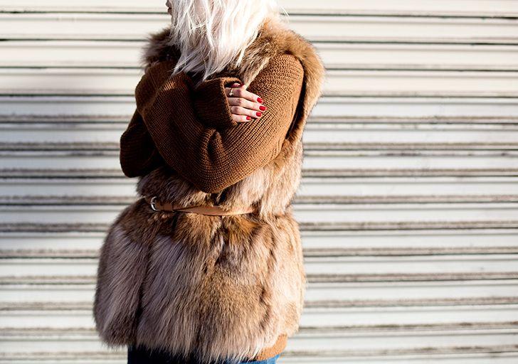 #AlwaysJudging wearing #AshleyBny. #bloggerstyle #furvest