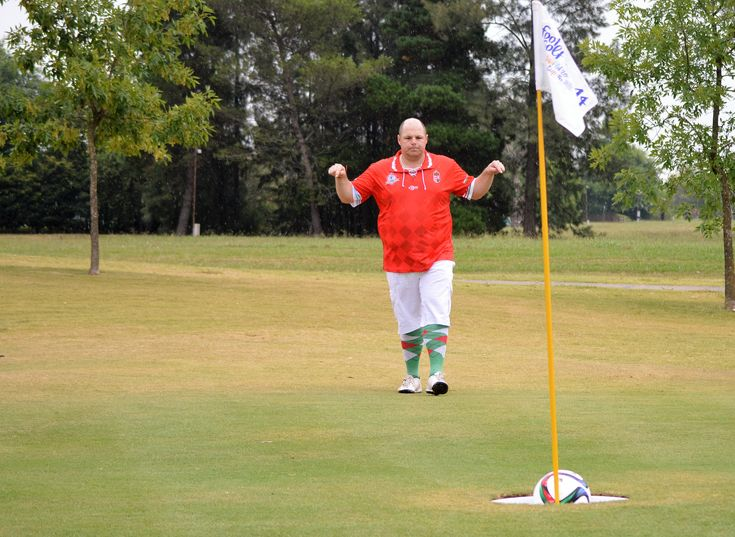 Headis, Foot Volley, Foot Golf and Soccer Pool are the best #soccer hybrid games out there. #Headis #FootVolley #FootGolf #SoccerPool #soccerlife #soccerfun