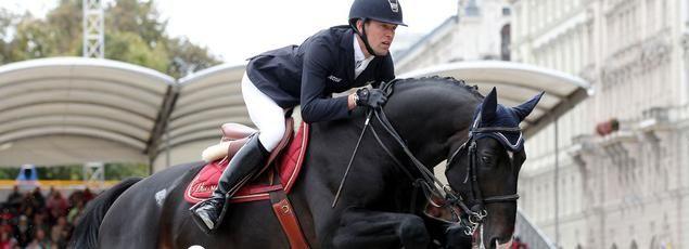 Simon Delestre 1er cavalier mondial avec son étalon Qlassic Bois Margot (mars 2016)