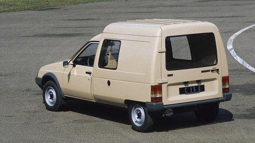 Octubre de 1984.Citroën C15 E  Los C15 E (gasolina) y C15 D (diésel) son dos pequeños utilitarios de 570 kg de carga útil construidos sobre la base del Visa.