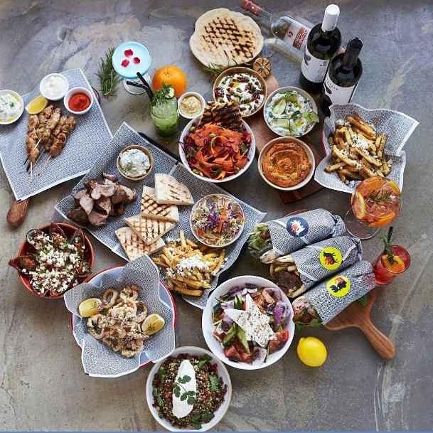 월간 호텔&레스토랑) 모던 그리스레스토랑 수바가 이태원 경리단길에 오픈했습니다 ^^ 미셰린스타 레스토랑 출신의 셰프가 자문을 했다고 하는데요 정통 그리스 음식부터 현대식 그리스 요리까지 모두 즐길 수 있답니다~!